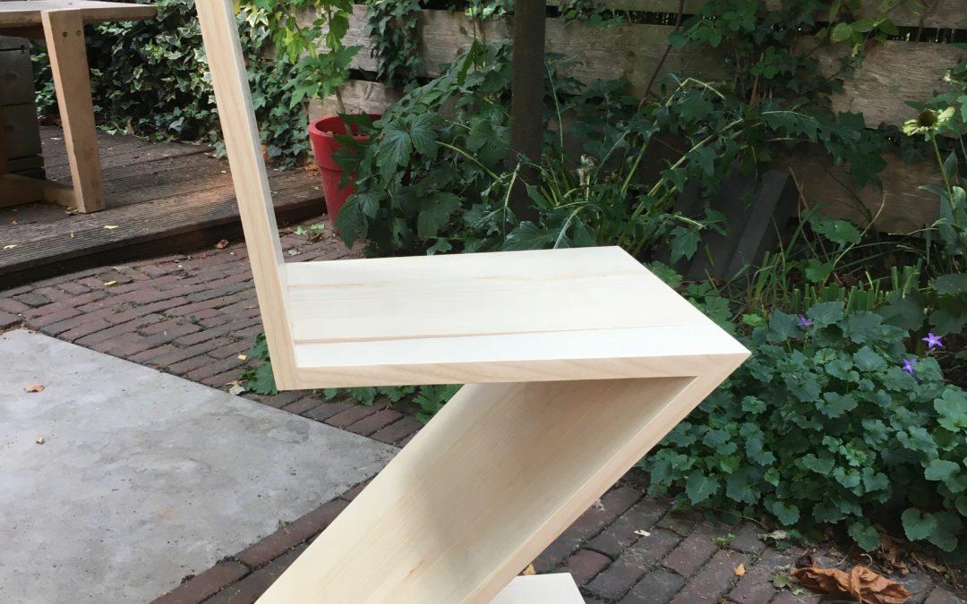 Zigzag stoel